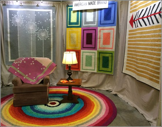 Quiltcon Booth pic
