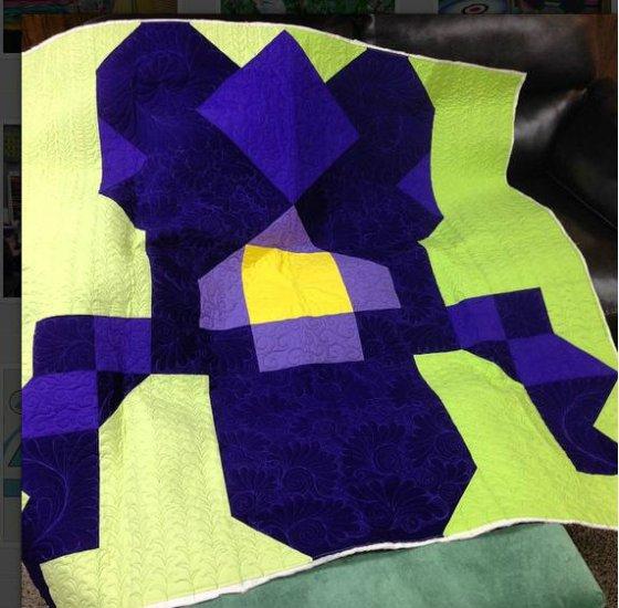 Iris Isle quilt