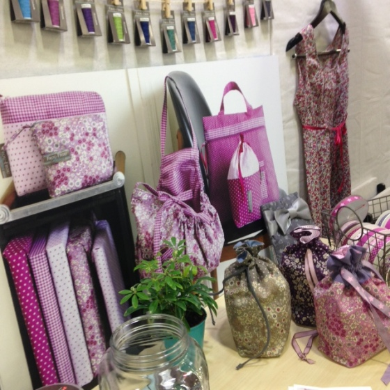 FrouFrou - bag display