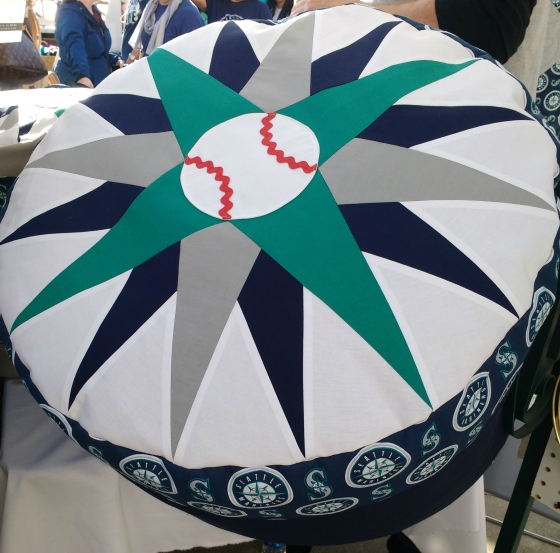 baseball mariners compass