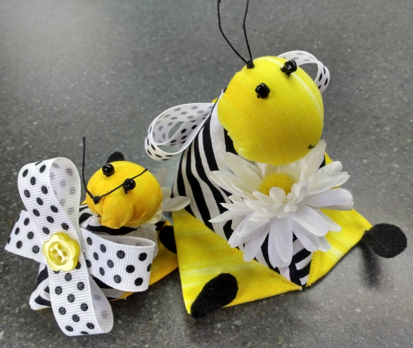 Bee Pin Cushions